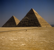 Khafre and Khufu pyramid (00090563)