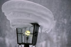 Snow-covered lamp (00008228)
